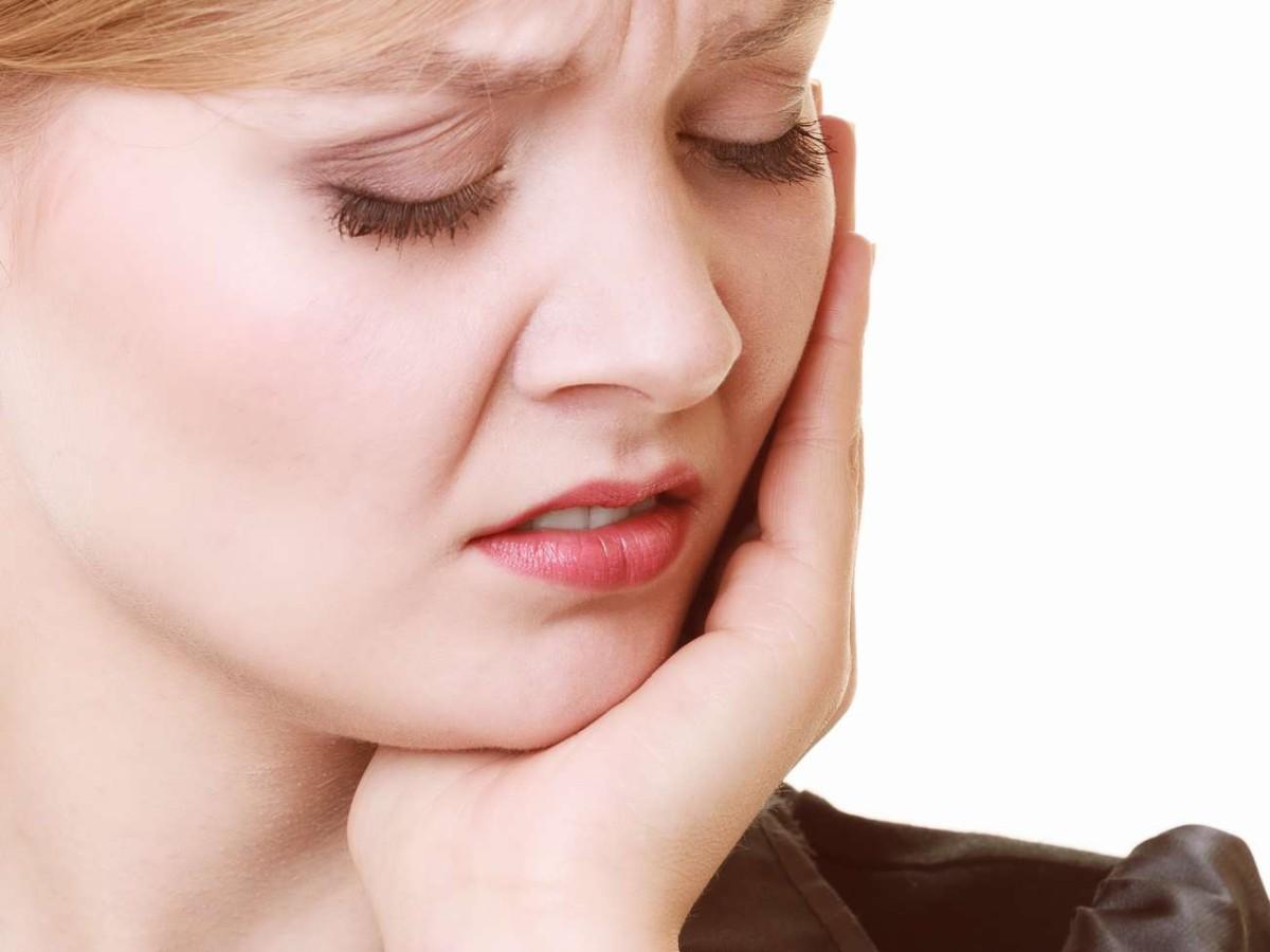 Рак в полсти рта доставляет болезненные ощущения